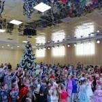 Яркий  утренник для детей сотрудников ООО «Ника-Петротэк» прошел в Семилукском РДК
